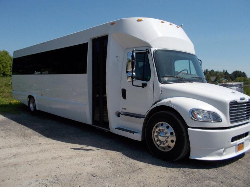 Party Bus Rentals in Yorba Linda CA